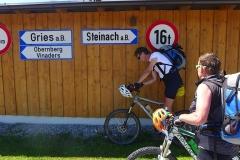 Straßenkreuzung Nößlach