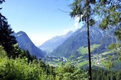 Das Klostertal, von da hinten da kommen wir