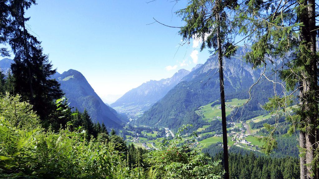 Blick ins Klostertal -Transalp vom Bodensee zum Comer See