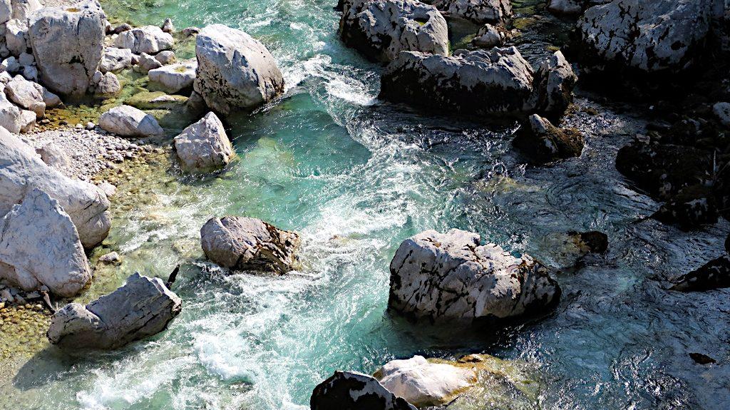 das türkisfarbene Wasser der Soca