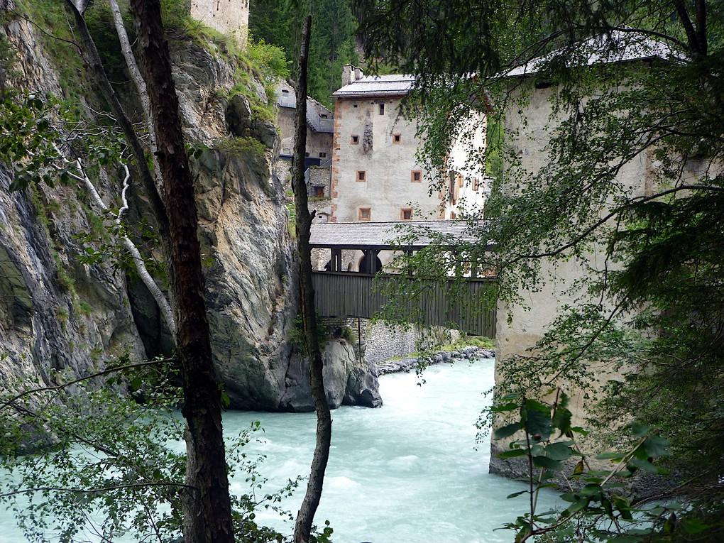 Die mittelalterliche Grenzbefestigung Altfinstermünz