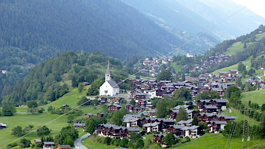Die Ortschaft Ernen