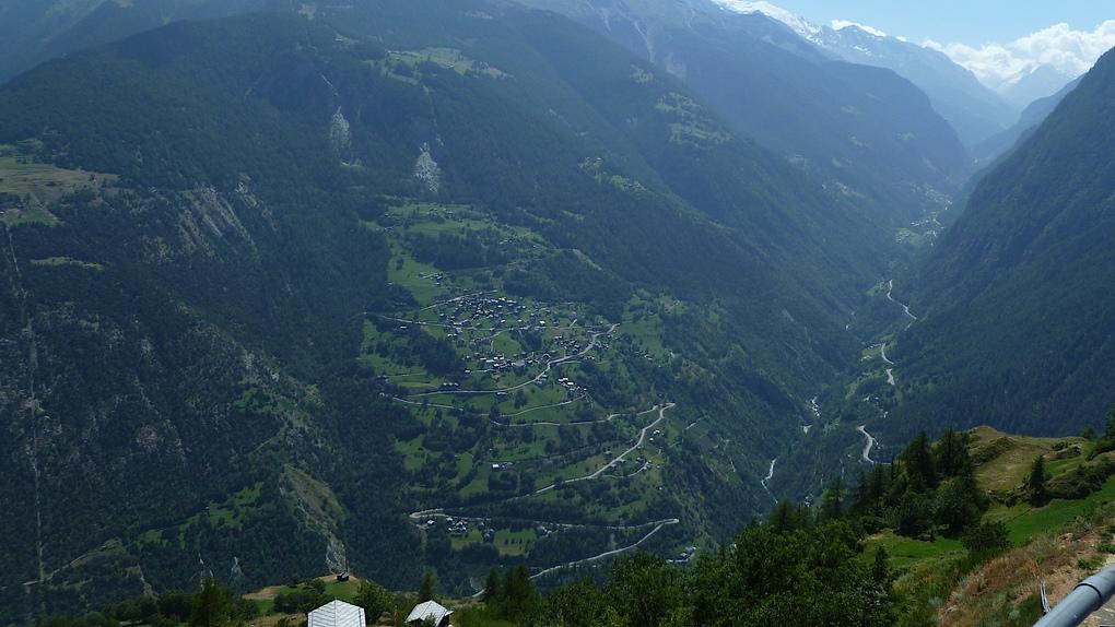 Blick ins Vispertal im Kanton Wallis
